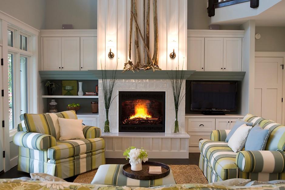Дизайн кухни гостиной с камином современные идеи